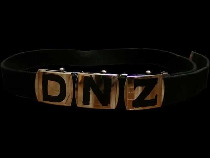 Dandy-z 3連ガチャベル 1